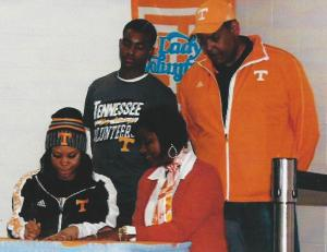 SEA Recruit Jessica Adell signs with University of Tennessee.